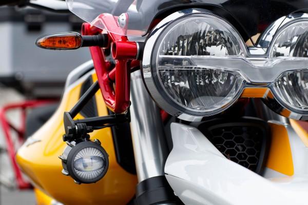 Phares antibrouillard à LED pour Moto Guzzi V85 TT avec kit d'installation